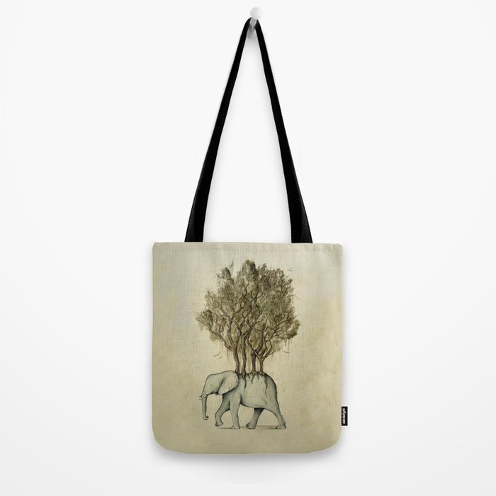 Carrying the Νature Tote Bag