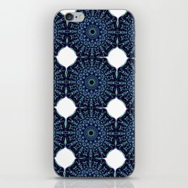 Moisanita iPhone Skin