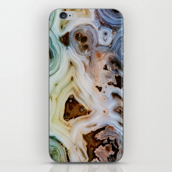 THE BEAUTY OF MINERALS iPhone Skin