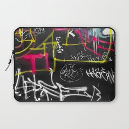 New York Traces - Urban Graffiti Laptop Sleeve