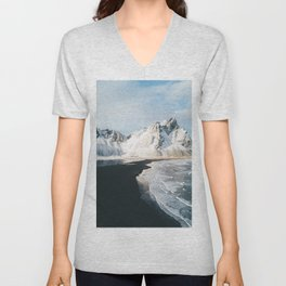 Iceland Mountain Beach - Landscape Photography Unisex V-Neck