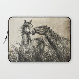 Kiss_Charcoal drawing vintage paper Laptop Sleeve