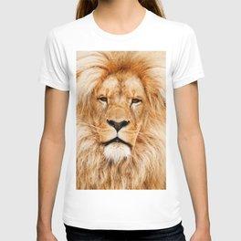Lion Portrait Photograph T-shirt