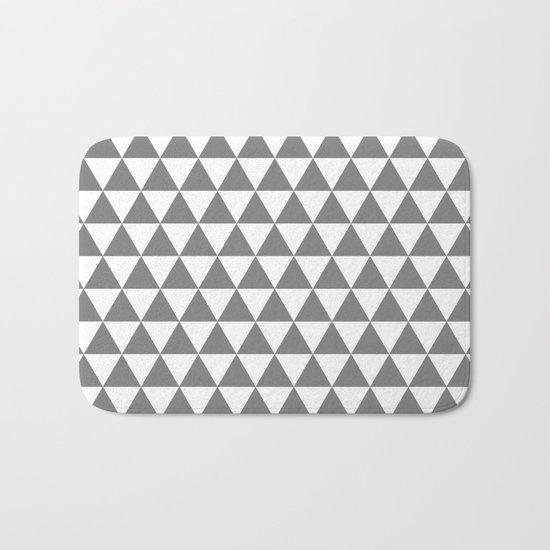 Triangles (Gray/White) Bath Mat