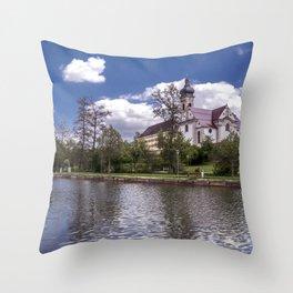 DE - Baden-Wurttemberg : Groggensee with view to St. Blasius Ehingen Throw Pillow