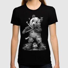CHUCKY LOVES ME T-shirt