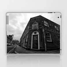 Corner pub Laptop & iPad Skin
