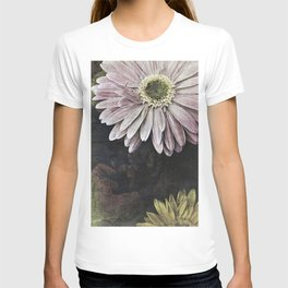 spring kiss too T-shirt