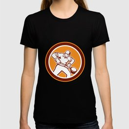 Foundry Worker Holding Ladle Circle Retro T-shirt