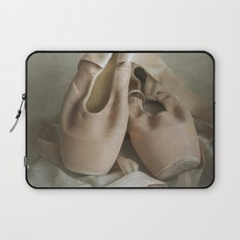 Creamy pointe ballet shoes Laptop Sleeve