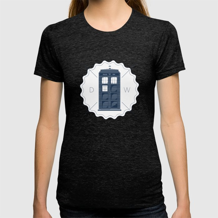 Badge inspired by Doctor Who's TARDIS  T-shirt