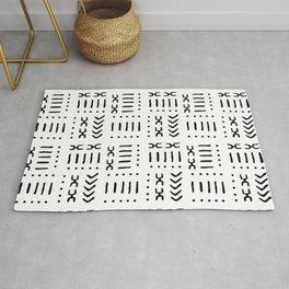 White Black Mud Cloth Pattern Rug