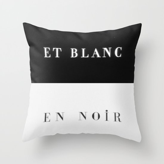 Et Blanc En Noir Throw Pillow