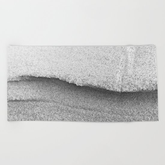 CURVE Beach Towel