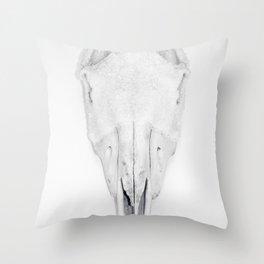 horse skull. Throw Pillow