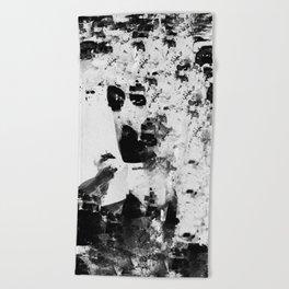 Y O L K  IN NETHER Beach Towel