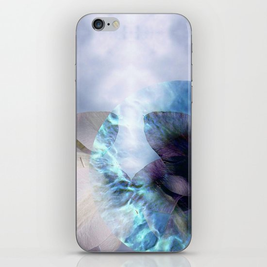 Aliens! They just Pop up everywhere iPhone & iPod Skin