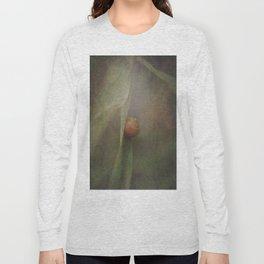 The shy snail Long Sleeve T-shirt