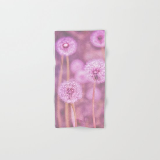 Romantik pink dandelion flower meadow Hand & Bath Towel