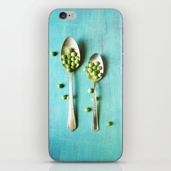 Give Peas a Chance iPhone & iPod Skin