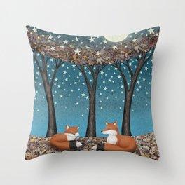 starlit foxes Throw Pillow