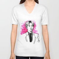shinee V-neck T-shirts featuring Pink SHINee Key Kibum by fabisart