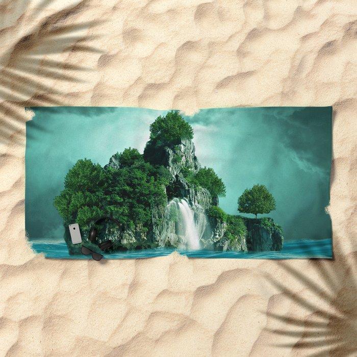 Green island 4 Beach Towel