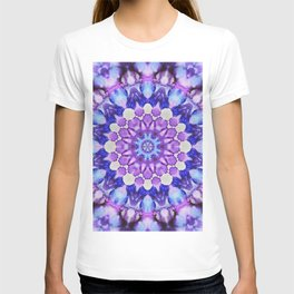Ultra violet mandala 1 T-shirt