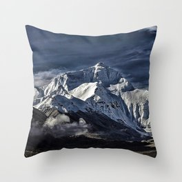 Mount Everest from the north side view in China Throw Pillow