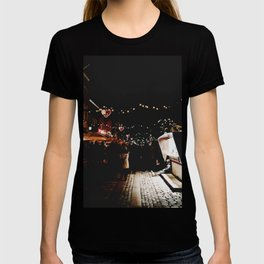 Digital Painting of a Peaceful Night at the Christmas Market Along Copenhagen's Nyhavn Canal T-shirt