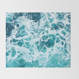 Ocean Splash IV Throw Blanket