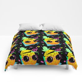 Piña Coolada Comforters