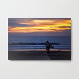 Solo Surfer Metal Print