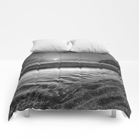 """Just last minute at the beach"" Comforters"