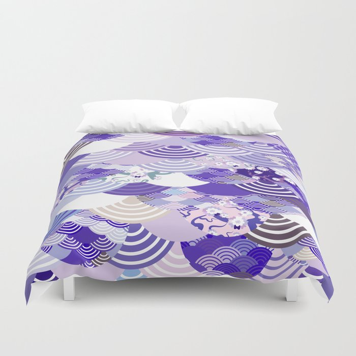 Nature background with japanese sakura flower, Cherry, wave circle. Ultra Violet Color of the Year Bettbezug