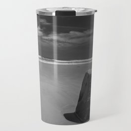 Calm beach on Assateague Island (black and white) Travel Mug