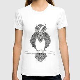 Intricate night owl doodle T-shirt