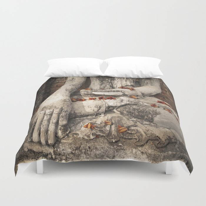 Buddha with flowers Duvet Cover