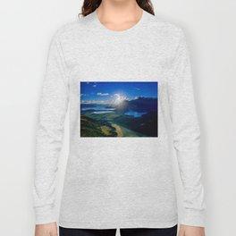 lake wanaka covered in blue colors new zealand beauty Long Sleeve T-shirt