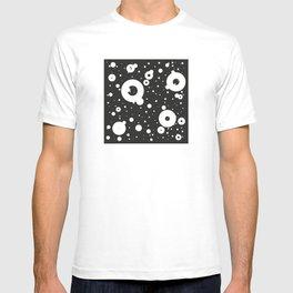 Bouncing black T-shirt