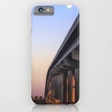 Between The Causeway Slim Case iPhone 6s