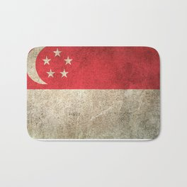 Old and Worn Distressed Vintage Flag of Singapore Bath Mat