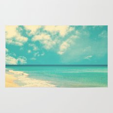 Waves of the sea (retro beach and blue sky) Rug