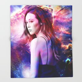 Alycia Debnam-Carey Throw Blanket