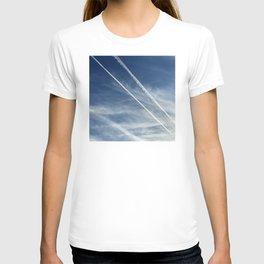 Exquisite Sky-Piercing Jet Trails T-shirt