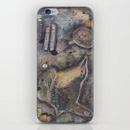 house wren iPhone Skin