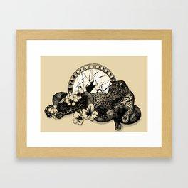 EL JAGUAR EN EL HIBISCO Framed Art Print