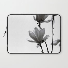 BLACK MAGNOLIA Laptop Sleeve