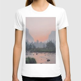 Yosemite Valley Sunrise Pretty Pink T-shirt
