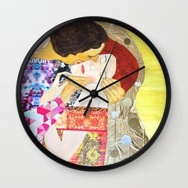 Kuss 2014 Wall Clock
